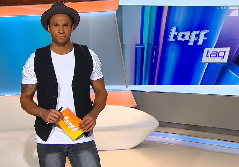 Cool und lässig – ProSieben TV-Moderator Daniel Aminati in einer Weste von DORNSCHILD.