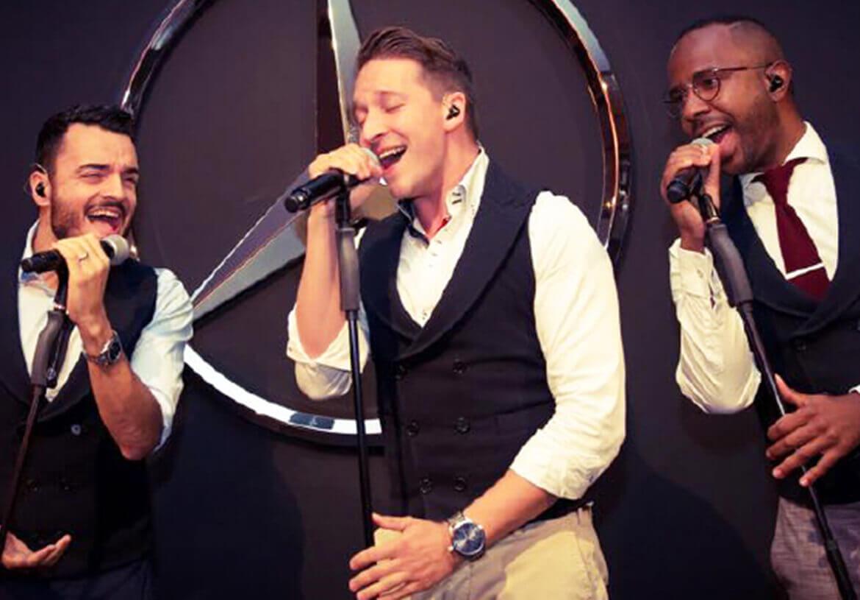 Swing- und Pop-Band Vintage Vegas auf der Bühne in DORNSCHILD Westen.