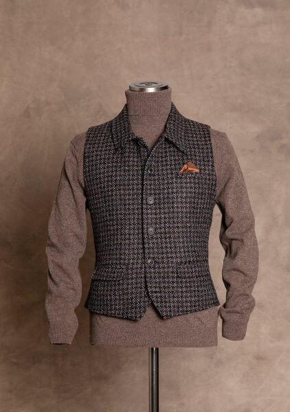 Casual, fashionable and chic premium men's vest gilet by DORNSCHILD dark brown black gray patterned in jeans vest style made of the finest Italian fabric. Premium men's vest handmade in Europe.